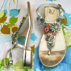 Vince Camuto Brooch Gold Leather Thong Sandal